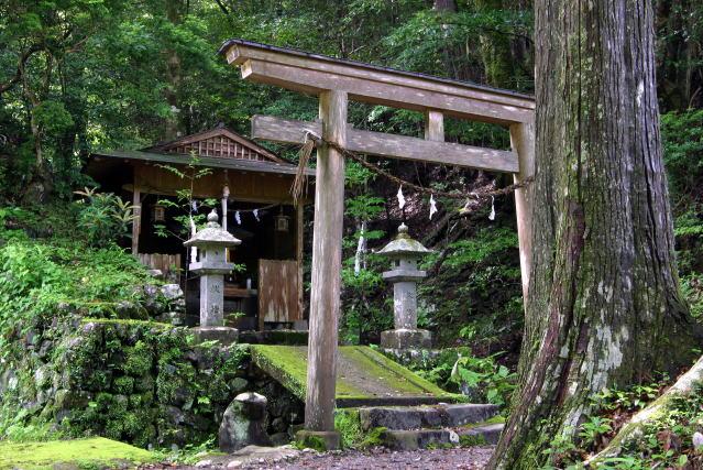船玉神社 Funatama-jinja Shrine