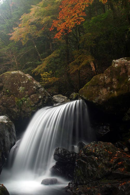 公門谷の滝 Falls at Kumon Valley