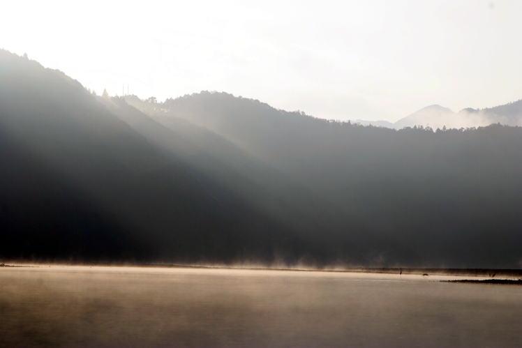 熊野川の朝 Morning at Kumano River