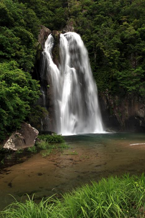 紀宝町「飛雪の滝」 Hisetsu-no-Taki fall at Kiho Town