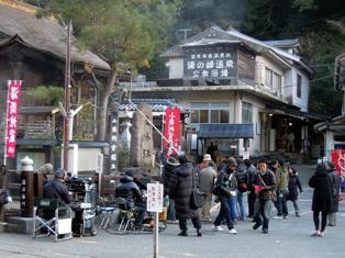 湯の峰温泉での撮影風景