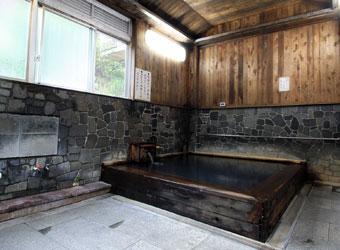 公衆浴場の浴室